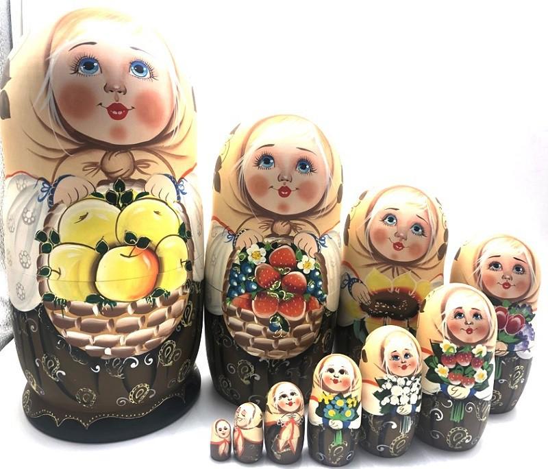 """Muñeca rusa del autor """"Cesta de manzanas"""", 10 piezas"""