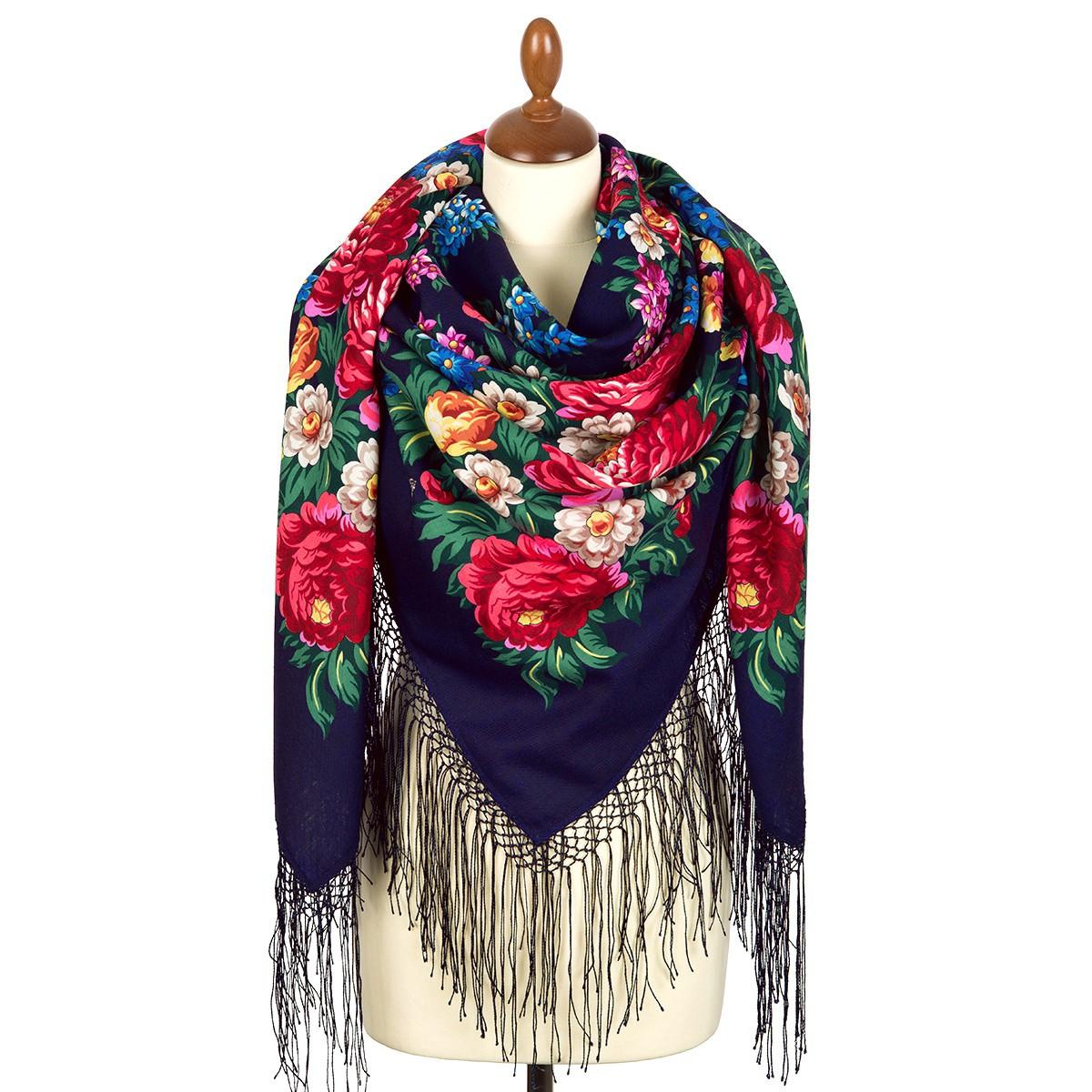 """Pañuelo de lana con flecos de seda """"Día de la Victoria, 148 * 148 cm"""