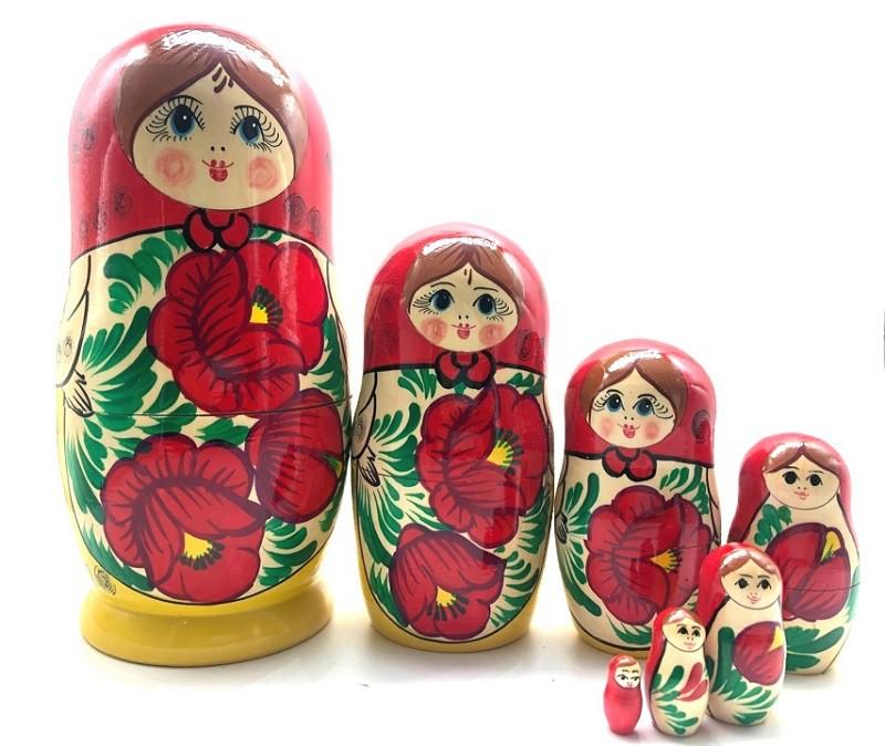 "Matrioska ""Pañuelo rojo""  7 piezas"