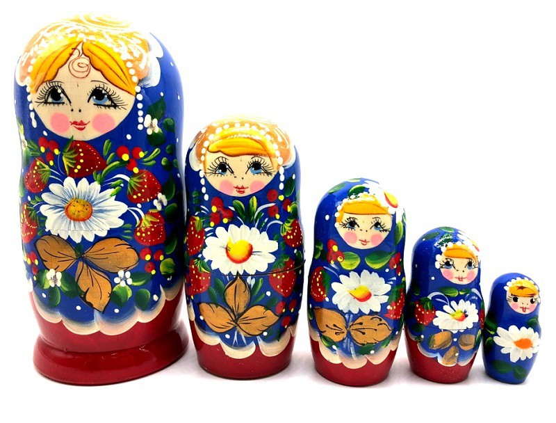 """Muñeca rusa """"Fresas y margaritas"""", 15 см"""