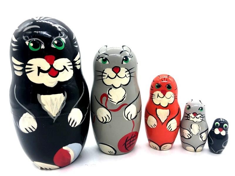"""Muñeca rusa Gato con un ovillo"""", 12 cm"""
