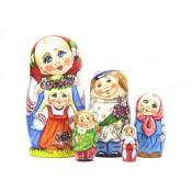 "Muñeca rusa ""Familia Flores"" 5 piezas"