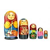 """Matrioska """"Familia con perros"""" de 5 piezas"""