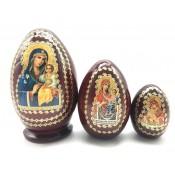 Huevo de matrioska marrón con iconos, 5 lugares