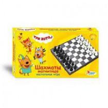"""Juego de mesa """"Tres gatos. Magnetic Chess """"TM"""" We Play Together """"es un entretenimiento fascinante y útil para niños y adultos: - empaque brillante con tus personajes favoritos  Incluido: - tablero plegable - 32 piezas de ajedrez con imanes  Las piezas mag"""