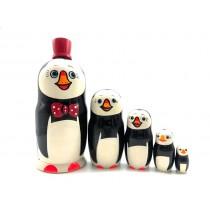 """Matrioska """"Pingüino en un abrigo"""", 5 piezas"""
