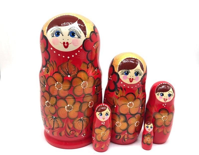 """Матрешка """"Красные цветы"""" 5 мест"""
