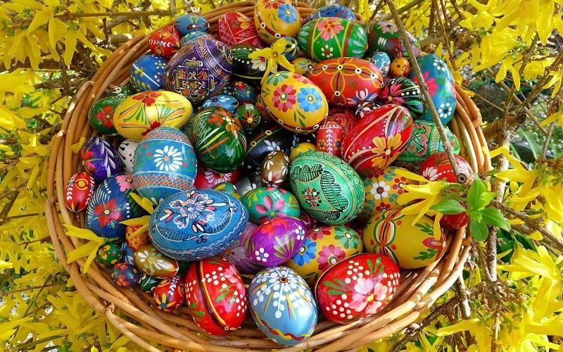 Пасхальное расписное яйцо, дерево
