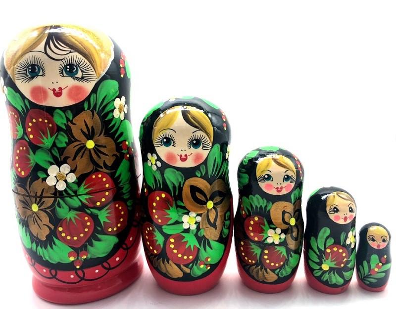 """Матрешка """"Красная с клубничками"""", 18 см"""