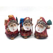 Деревянные фигурки Дед Морозов, авторская работа